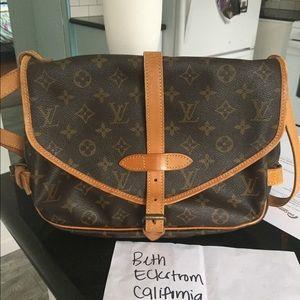 Authentic Louis Vuitton saumur 30